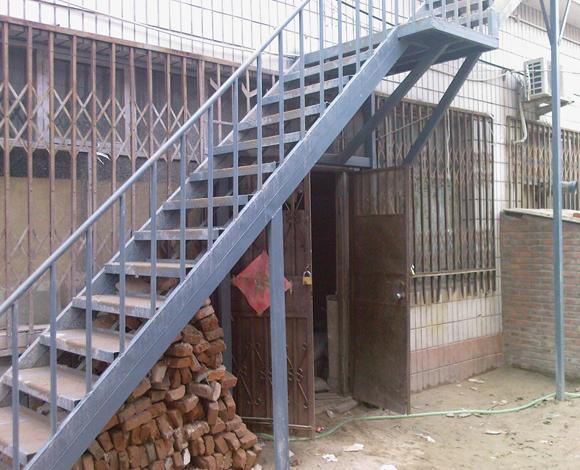 钢结构楼梯设计安装