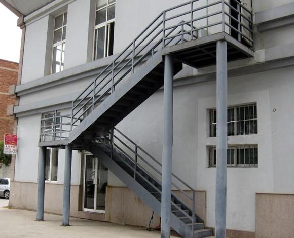 钢结构楼梯厂家